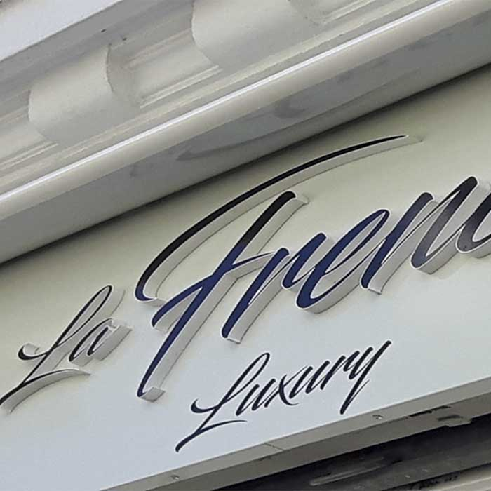 LA FRENCH LUXURY